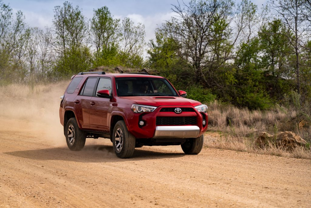 2019 Toyota 4Runner off-roading in dirt