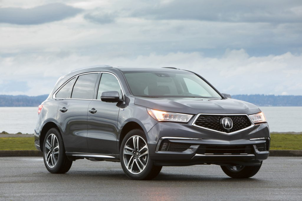 2019 Acura MDX Sport Hybrid parled on pavement