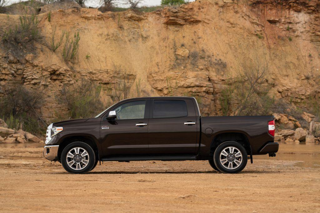 a toyota tundra pickup tuck off-road