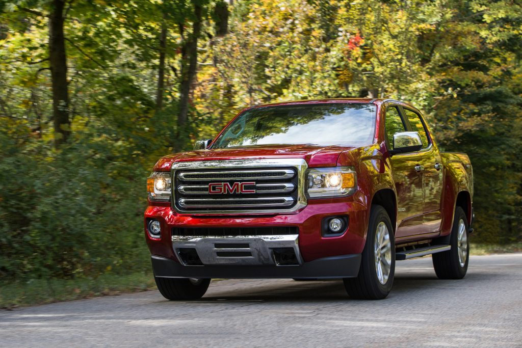 2019 GMC Canyon driving down the road