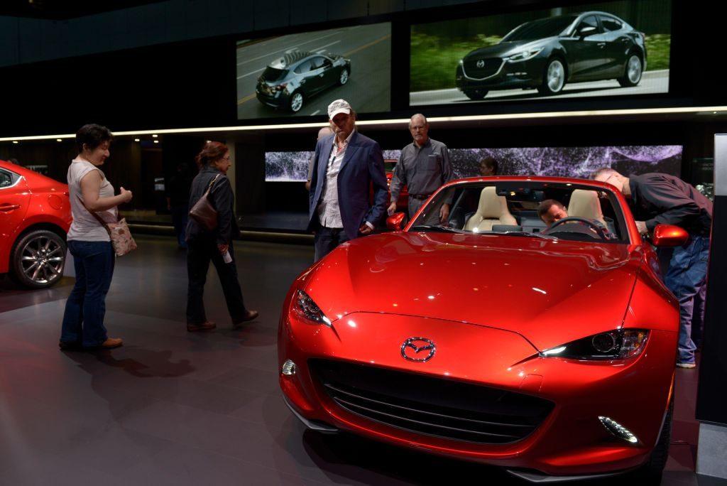 LA Auto Show - 2018 Mazda MX-5 Miata