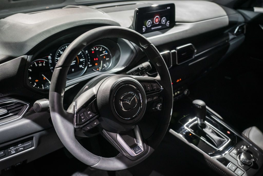 Mazda removing all touchscreens