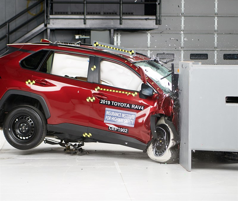 2019 Toyota RAV4 Top IIHS Safety Pick