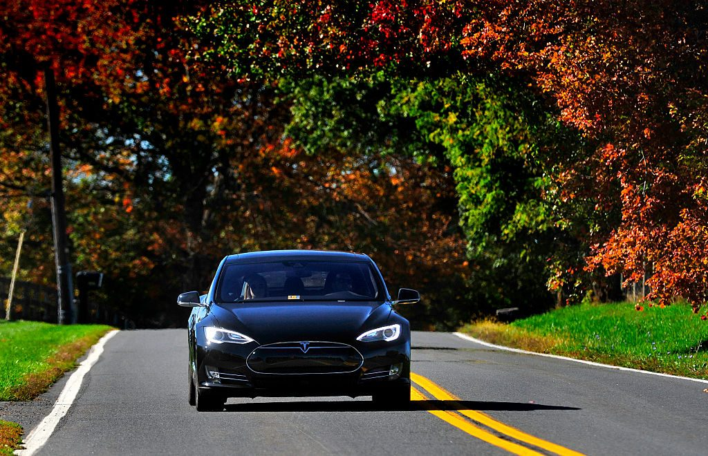 Test Driving the Tesla Model S P90D