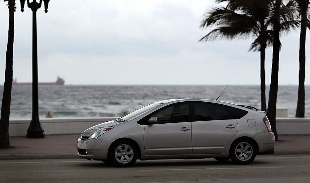 side shot of a second-generation Toyota Prius