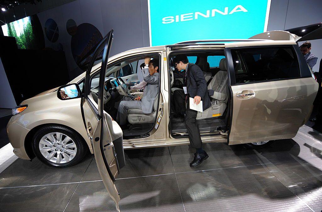 Toyota revealing new minivan