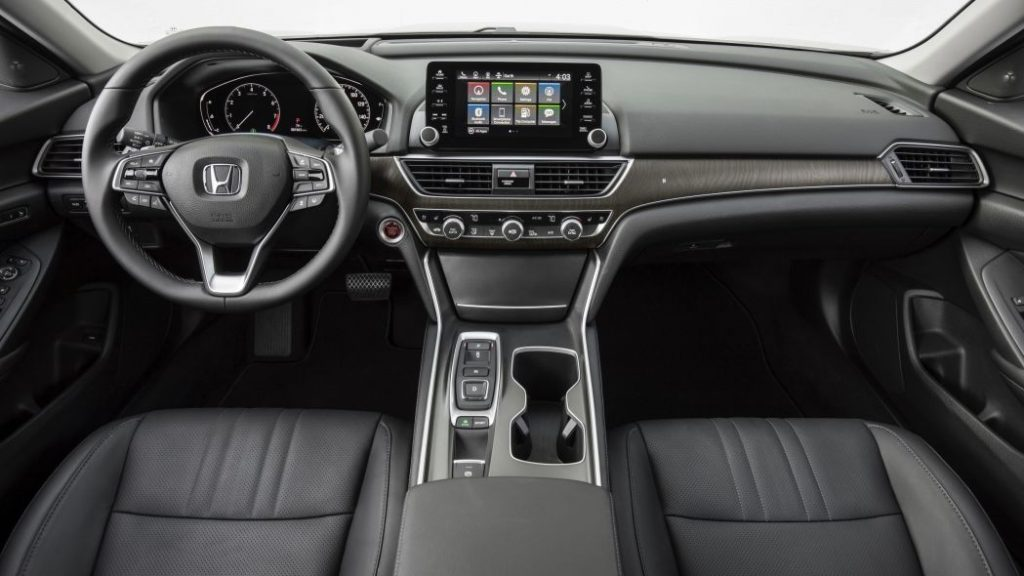 Front row seats of a 2019 Honda Accord.