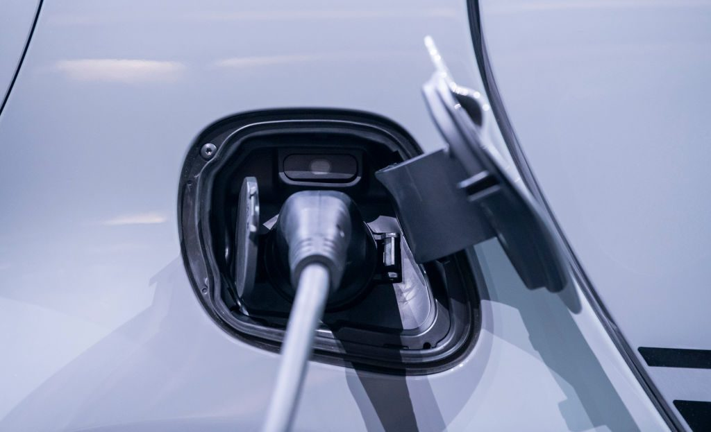 Charging your electric vehicle battery