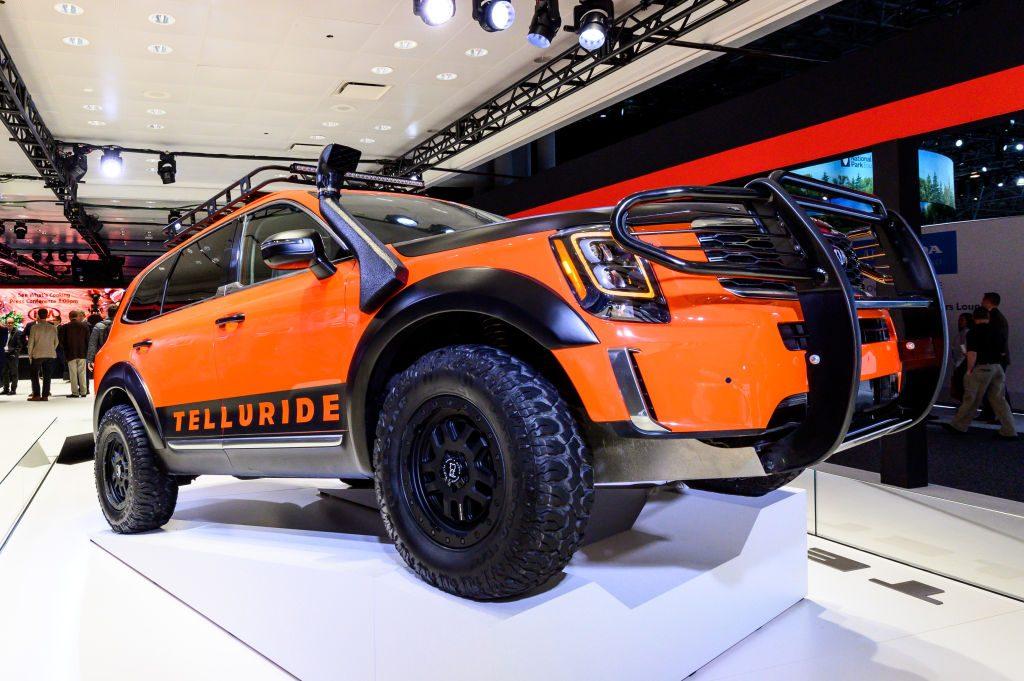 Midsize SUVs - Kia Telluride