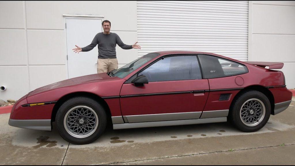 Red Pontiac Fiero