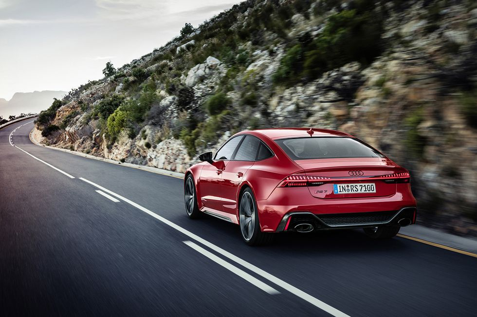 2020 Audi RS 7 Driving