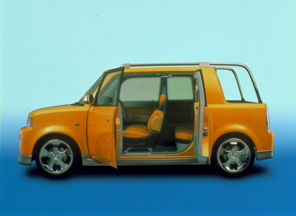 2000 Toyota Open Deck bB | Toyota-004