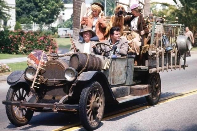 Beverly Hillbillies 1921 Oldsmobile Truck