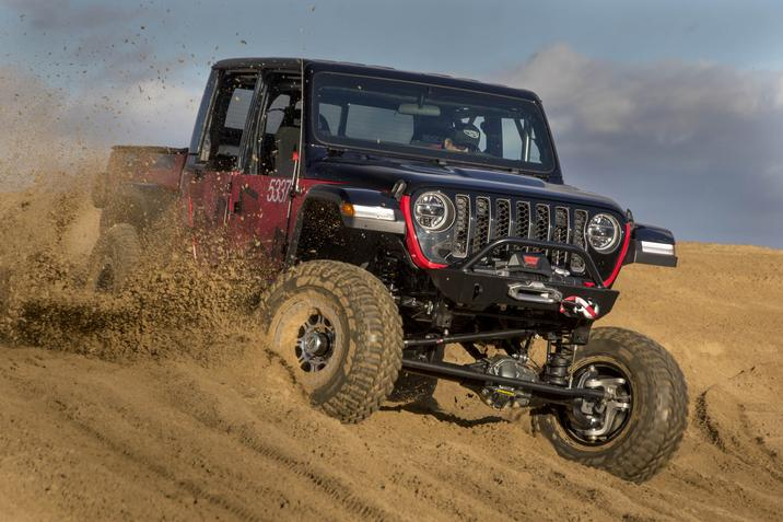 2020 Jeep Gladiator modified for King of the Hammers