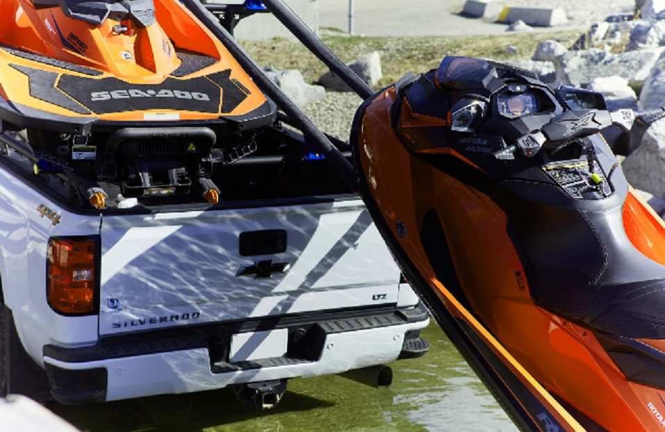 Multy Rack with Jet Skis