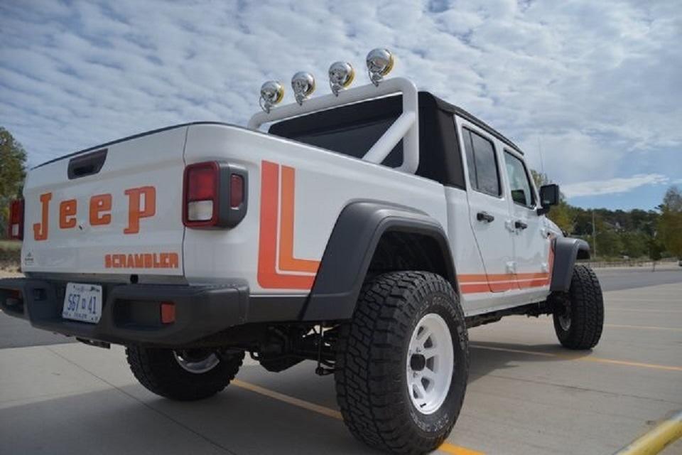 2020 Jeep Gladiator Scrambler Tribute