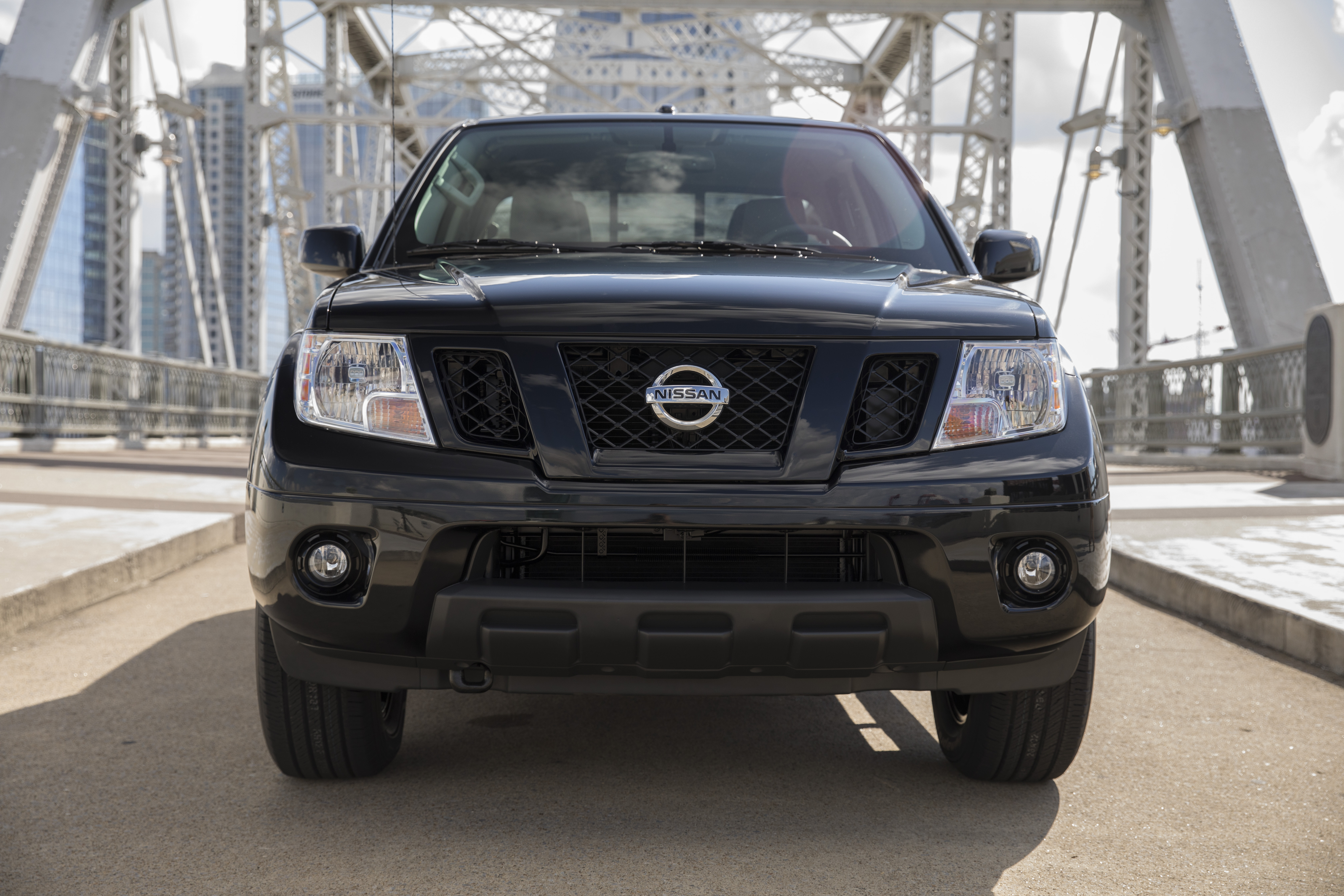 what the midnight edition package adds to the nissan frontier https www motorbiscuit com what the midnight edition package adds to the nissan frontier
