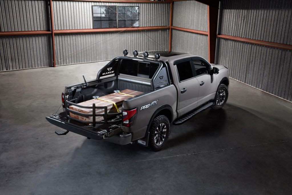 2020 Nissan TITAN with Accessories