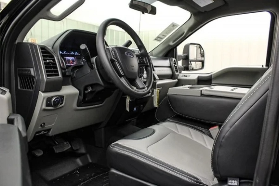 2019 Ford F-350 Mac Truck interior