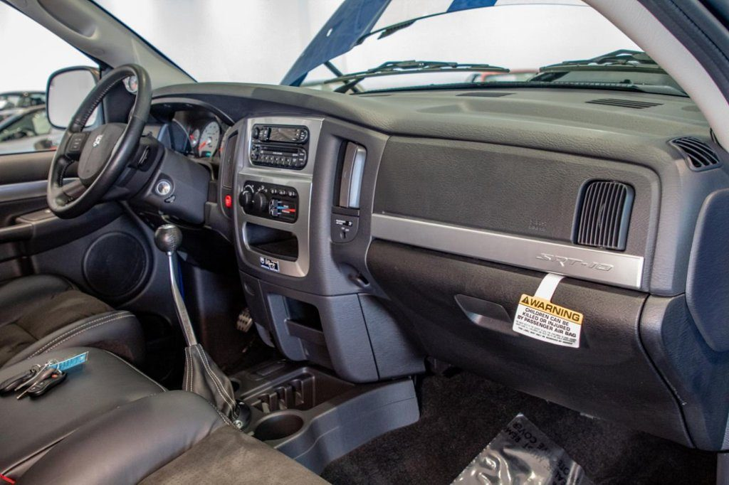 2004 Dodge Ram SRT-10 interior