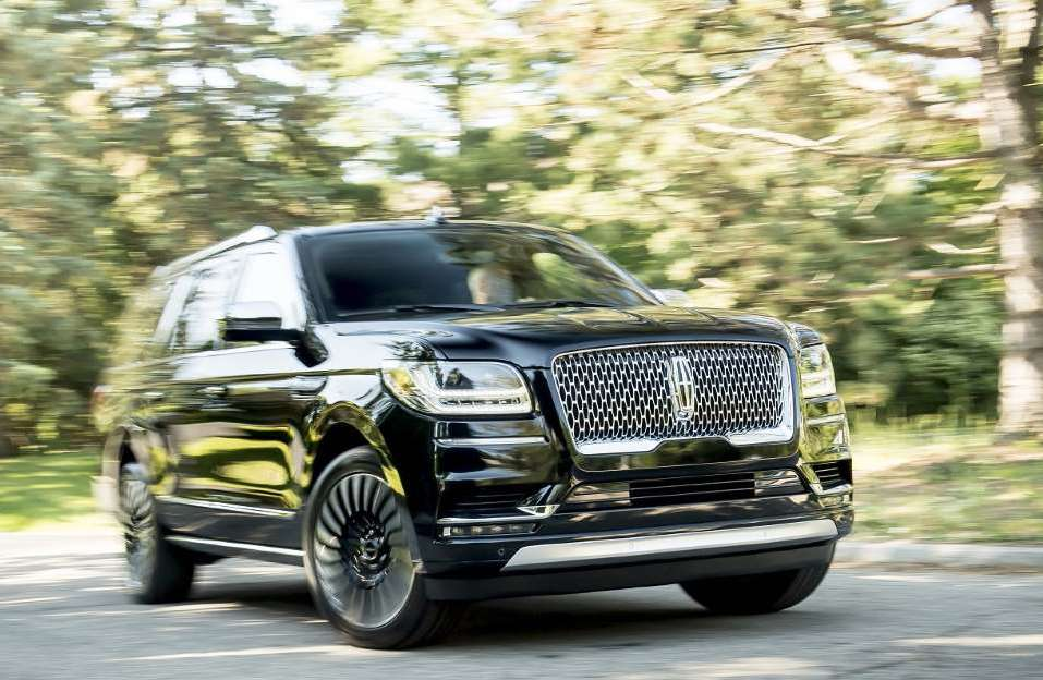 2020 Lincoln Navigator L Black Label is a top rate three-row SUV that ranked higher than the escalade