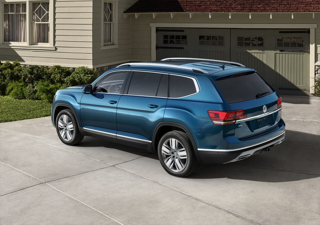 The 2020 VW Atlas boasts sharp lines and bold exterior color options.