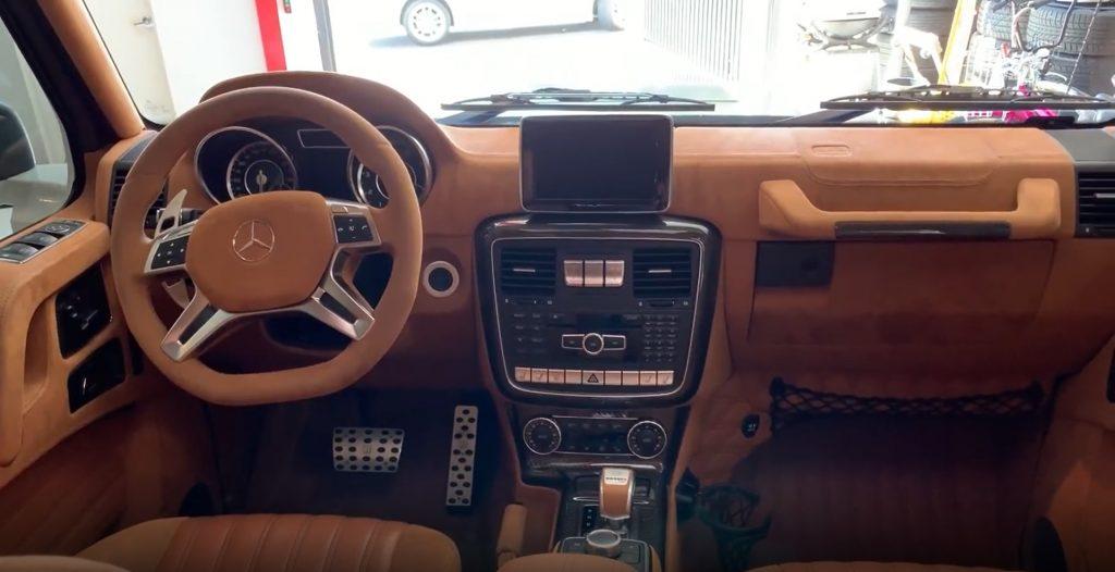 Mercedes-Benz G-Wagon 6x6 Brabus interior front