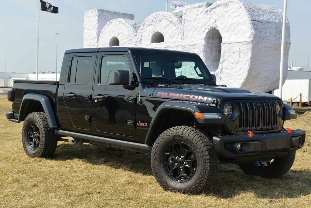 A black Jeep Gladiator on display