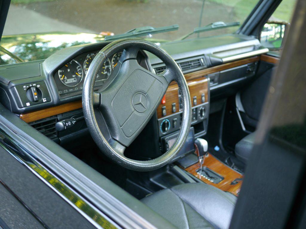 1990 Mercedes 300GE Cabriolet interior
