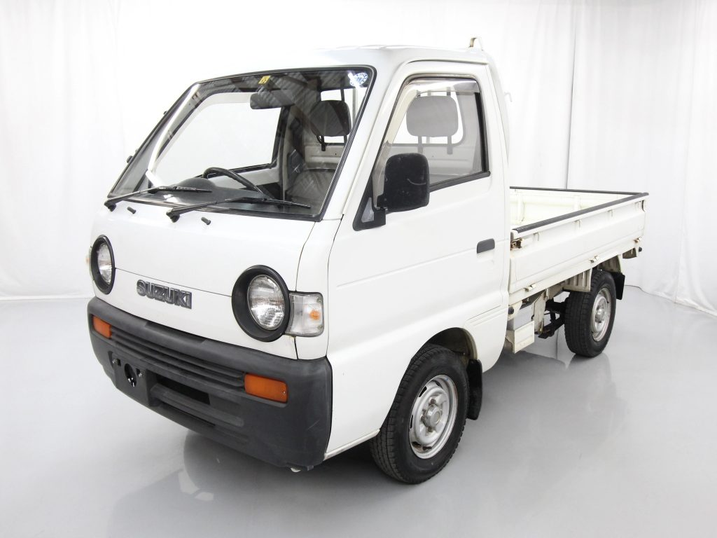 If You're Looking for a Small 4x4 Truck, Have You Considered a Kei Truck?