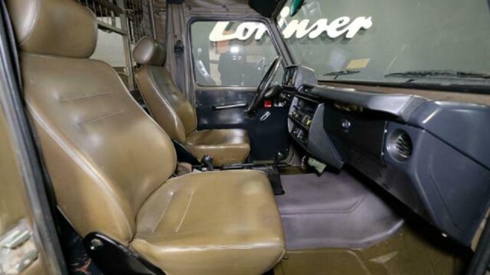 1995 Mercedes G 230 Swiss military G-Wagon interior side