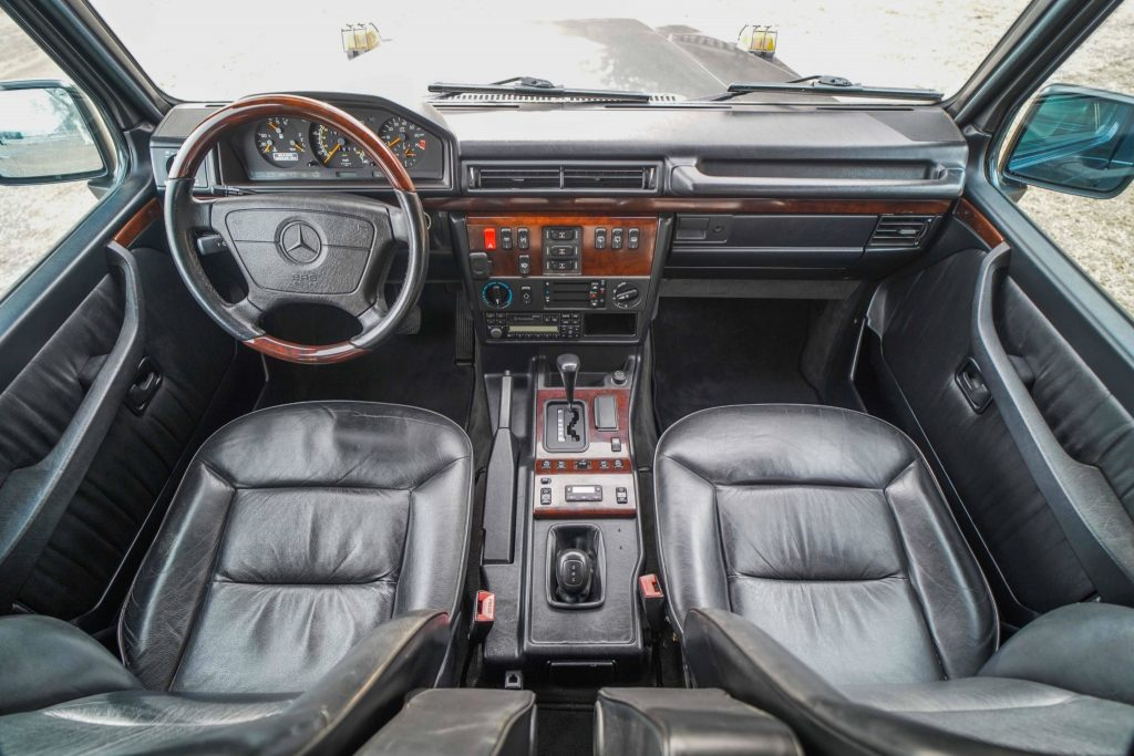 1996 Mercedes-Benz G320 interior