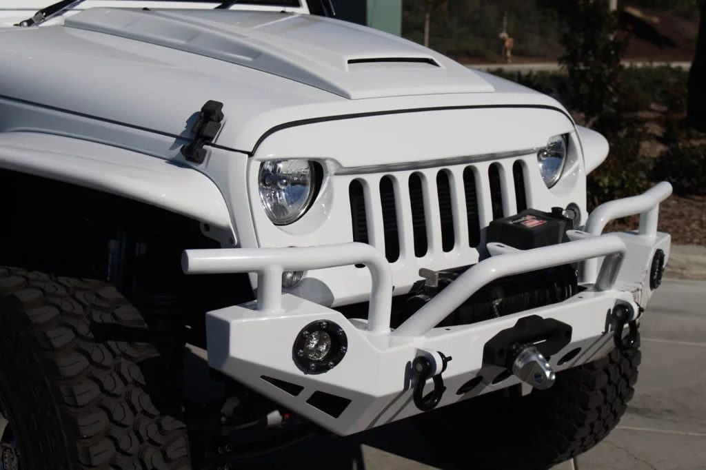 2016 Jeep Wrangler Unlimited six-wheeler grille and bumper