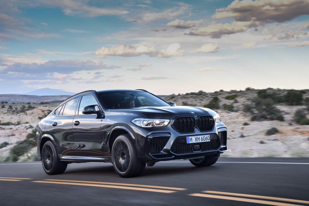 2020 BMW X6 M side