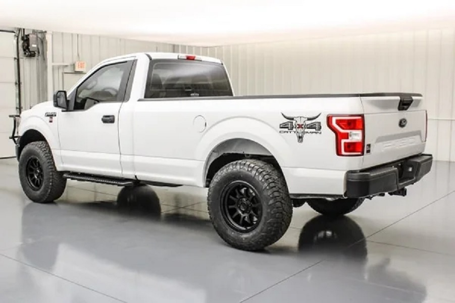 2020 Ford F-150 Cattleman side rear