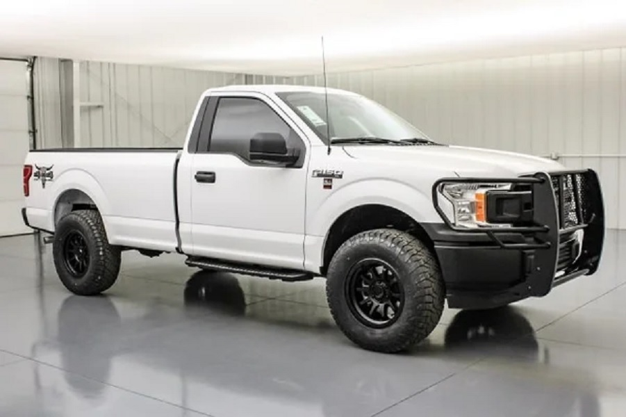 2020 Ford F-150 Cattleman side