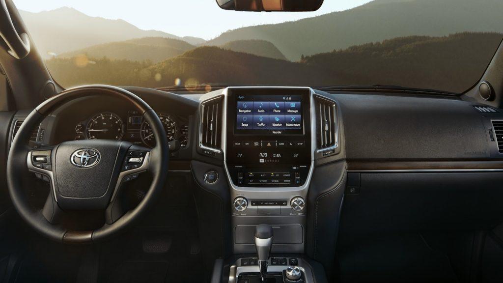 2020 Toyota Land Cruiser interior front