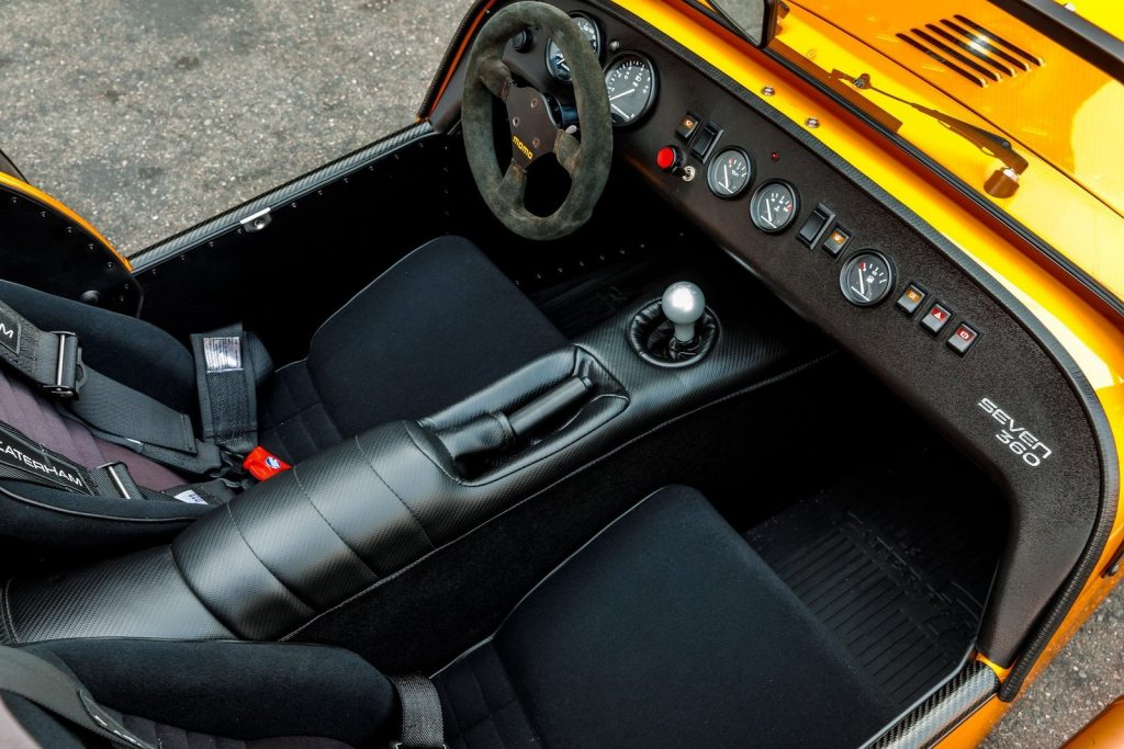 Caterham Seven 360 interior