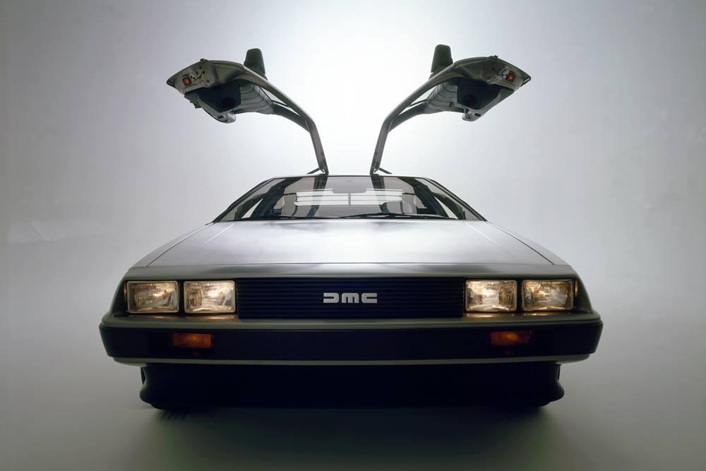 DeLorean DMC 12 | DeLorean-2