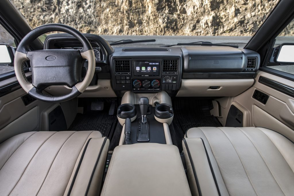 ECD Automotive Design Range Rover Classic interior