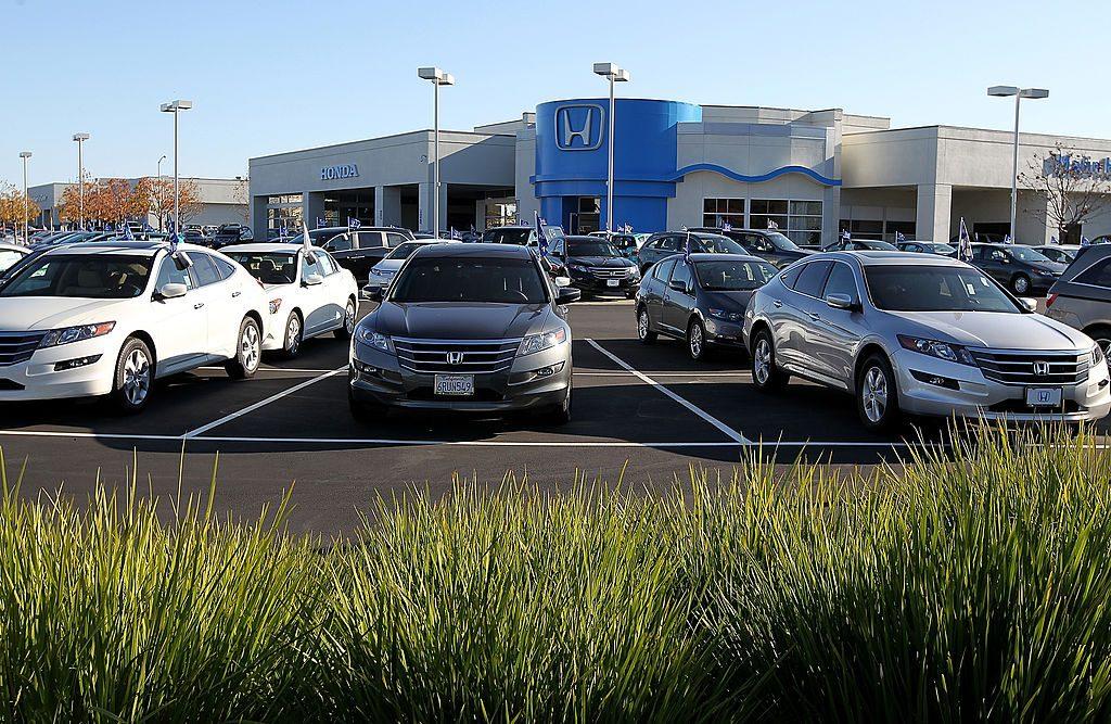 Honda vehicles for sale at a dealership