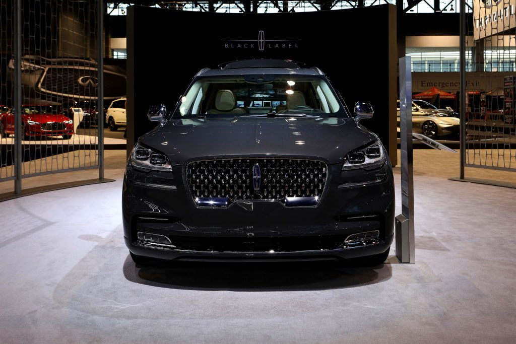 The 2019 Lincoln Aviator at the Chicago Auto Show