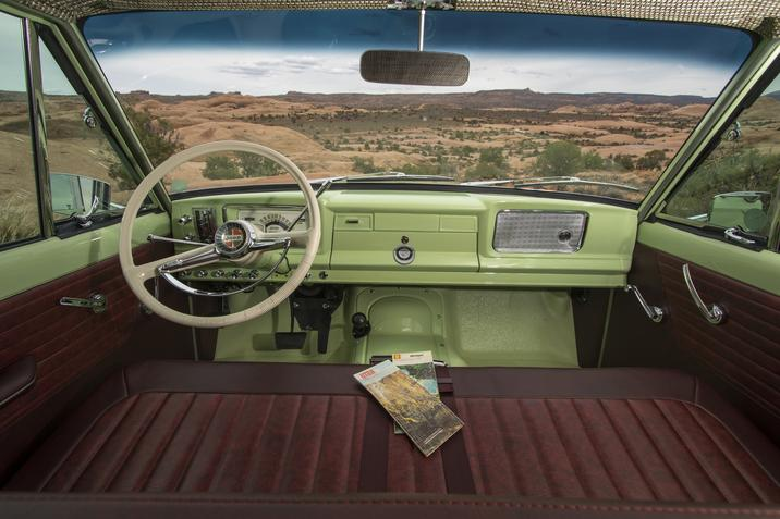 1965 Jeep Wagoneer Roadtrip interior