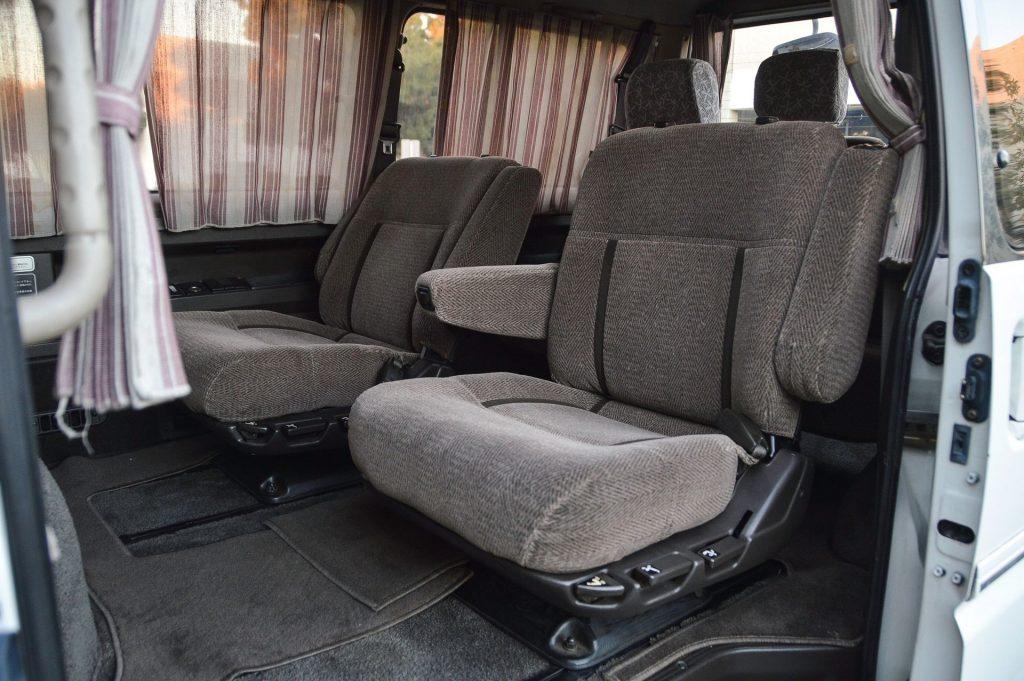 1992 Mitsubishi Delica rear interior