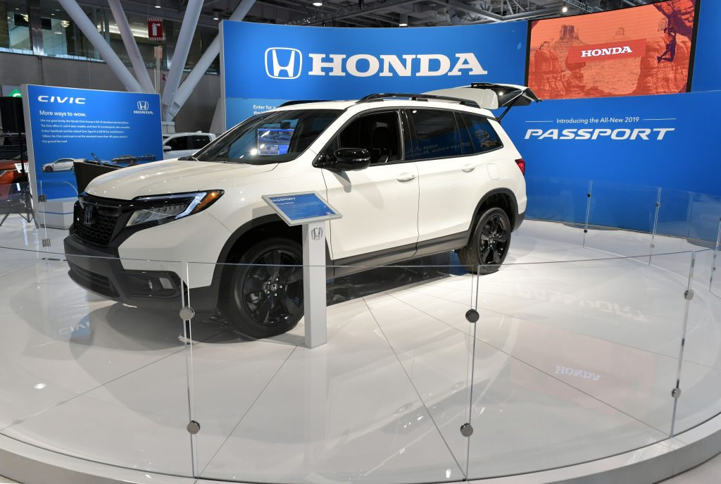 Carl Pulley of Honda introduces the 2019 Honda Passport at the 2019 New England International Auto Show Press Preview