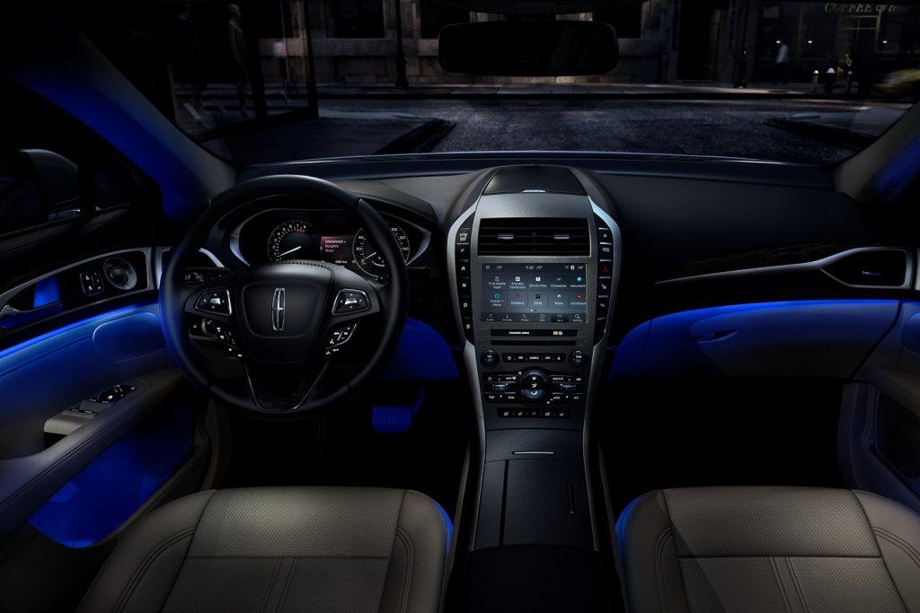 2020 Lincoln MKZ interior