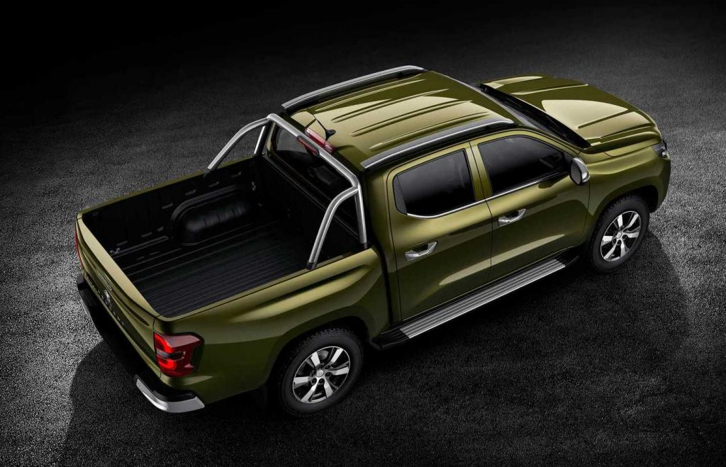 The overhead rear view of a green 2021 Peugeot Landtrek