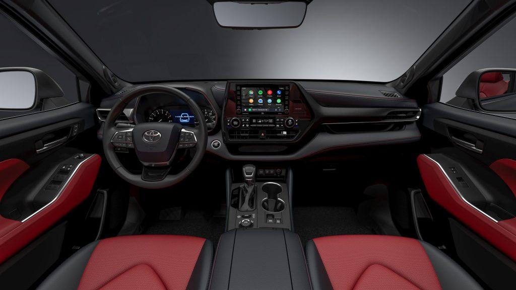 2021 Toyota Highlander XSE interior front