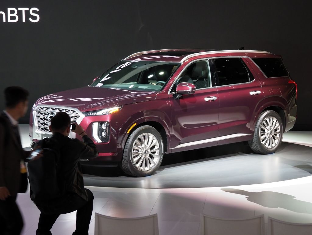 the biggest reason why you might want the hyundai palisade over the chevy traverse