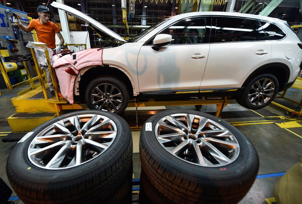 A Mazda CX-9 being repaired